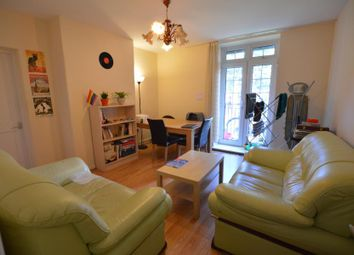 Thumbnail 3 bed flat to rent in Maygood Street, London