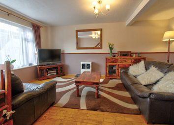 Kempson Drive, Great Cornard, Sudbury CO10. 3 bed semi-detached house