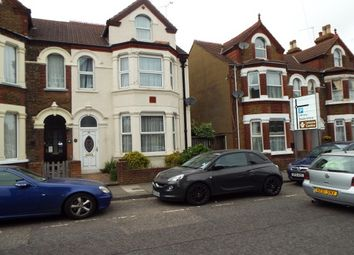 Thumbnail 1 bed property to rent in Park Road, Sittingbourne