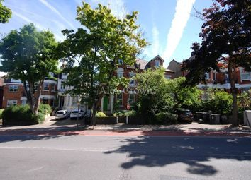 Thumbnail 5 bedroom flat to rent in Colney Hatch Lane, London
