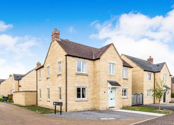 Thumbnail 4 bed detached house for sale in Barley Crescent, Carterton