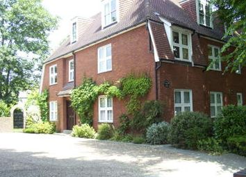 Thumbnail 1 bed flat to rent in Upminster Road, Essex