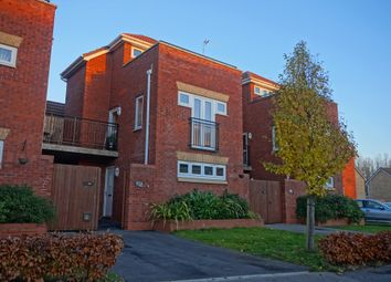 Thumbnail 3 bedroom town house for sale in Thirlmere Way, Kingswood, Hull