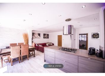 Thumbnail Room to rent in Ivy Chimneys, Epping