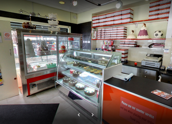 Thumbnail Retail premises to let in Mile End, London