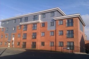 2 bed flat to rent in 1 Rochdale Lane, Heywood OL10