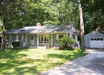 Thumbnail 2 bed country house for sale in 73 Hog Creek Ln, East Hampton, Ny 11937, Usa