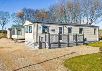 Thumbnail 2 bed mobile/park home for sale in Lauriston, St. Cyrus, Montrose