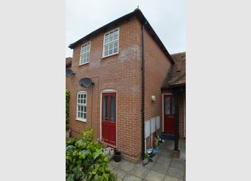 Thumbnail 2 bedroom maisonette for sale in The Shambles, St Peters Street, Wallingford, Oxfordshire