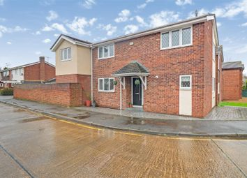 3 bed detached house for sale in Cheapside East, Rayleigh SS6