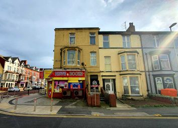 2 bed flat to rent in Banks Street, Blackpool FY1