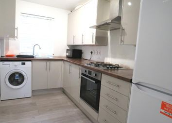2 bed maisonette to rent in Hartington Close, Harrow, Middlesex HA1