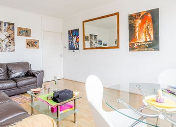 Thumbnail 3 bed flat to rent in Collier Street, London