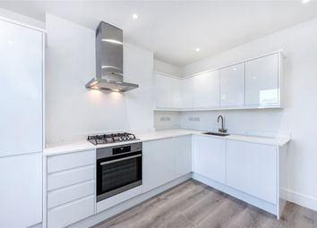 Thumbnail 3 bedroom flat to rent in Gipsy Road, London
