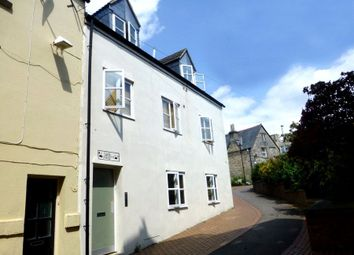 Thumbnail 1 bed flat to rent in Swan Lane, Stroud, Gloucestershire