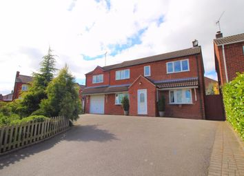 Thumbnail 5 bedroom detached house for sale in Sandcliffe Road, Midway, Swadlincote