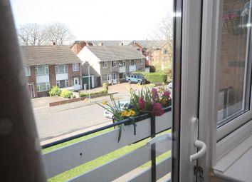 Thumbnail 2 bed flat to rent in All Saints Road, Warwick, Warwickshire