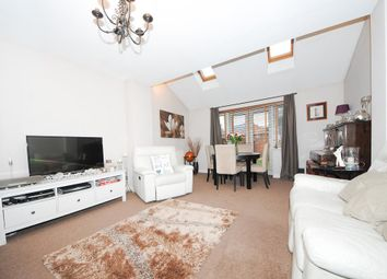 Thumbnail 3 bed property for sale in Campriano Drive, Warwick