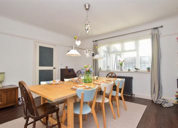 2 bed flat for sale in Hastings Road, Worthing, West Sussex BN11