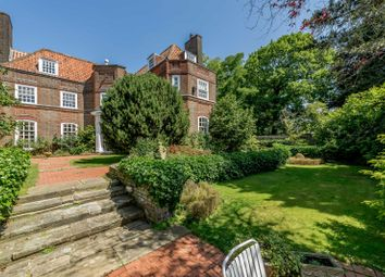 7 bed property for sale in Hillcrest Road, Ealing, London W5