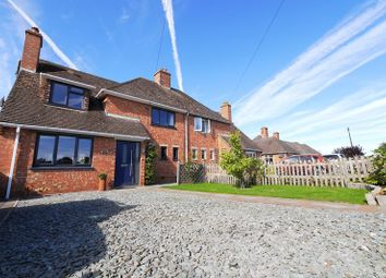Thumbnail 3 bed semi-detached house for sale in Sunnyside, Benson, Wallingford