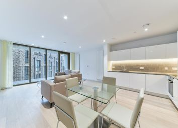 2 bed flat to rent in Commodore House, Royal Wharf, London E16