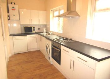 Thumbnail 3 bed bungalow to rent in St. James Road, Mitcham