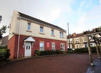 Thumbnail 2 bed flat to rent in Saddlers Court, Kennington Avenue, Kingswood