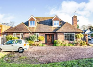 Thumbnail 5 bed detached house for sale in Hedsor Road, Bourne End