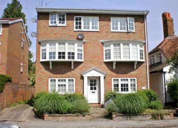 Thumbnail 1 bed flat to rent in Kings Road, Henley-On-Thames