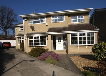 Thumbnail 5 bed detached house for sale in Wentworth Court, Brighouse