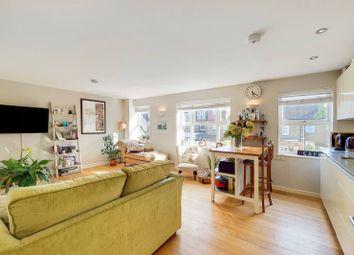 Thumbnail 2 bedroom flat for sale in High Street, Hampton
