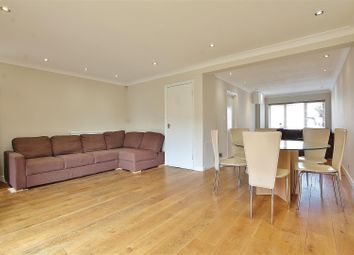 4 bed property to rent in Percy Road, Isleworth TW7