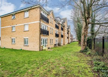 1 bed flat for sale in Farthing Close, Watford WD18