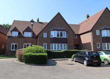 Thumbnail Flat to rent in Grove Road, Harpenden
