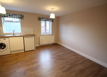Thumbnail 2 bed flat to rent in High Street, Aldershot