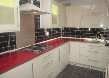 Thumbnail 2 bedroom flat to rent in Windmill Street, Gravesend