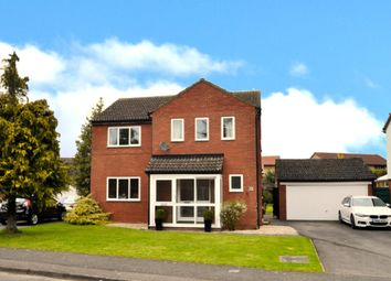 Thumbnail 4 bed detached house for sale in Windmill Avenue, Bicester