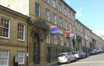 Office to let in Burnett Street, Bradford BD1