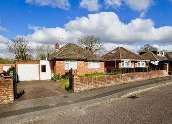 Beverley Gardens, Bursledon, Southampton SO31. 2 bed detached house