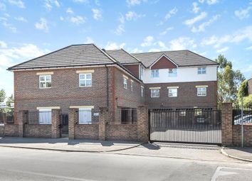 Thumbnail 3 bed flat for sale in Lower Sunbury, Middlesex