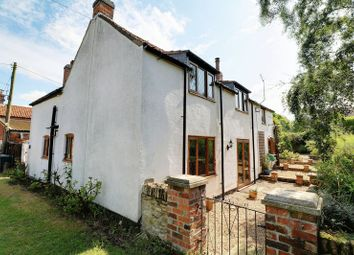 Thumbnail 3 bed cottage for sale in Hollowgate Hill, Willoughton, Gainsborough