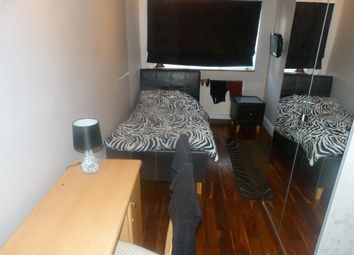 Thumbnail Room to rent in Russell Lane, London
