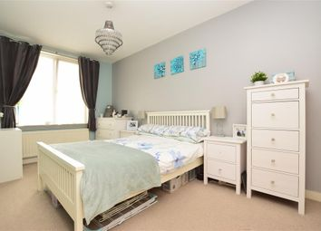 Godstone Road, Whyteleafe, Surrey CR3. 1 bed flat