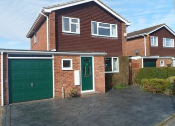 Thumbnail 3 bed property to rent in Oulton Close, Aylesbury