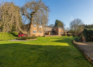 Rectory Court, Rectory Way, Old Amersham, Buckinghamshire HP7. 2 bed maisonette