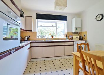 Thumbnail 1 bed flat to rent in Cricketfield Road, London
