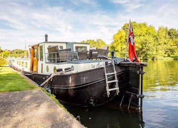 Thumbnail 2 bedroom houseboat for sale in The Moorings, Willows Riverside Park, Windsor