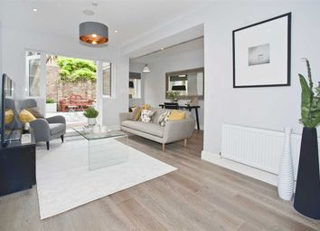 Thumbnail 3 bedroom flat for sale in Askew Crescent, London