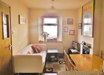 Thumbnail 3 bed maisonette to rent in Clifton Street, Roath, Cardiff